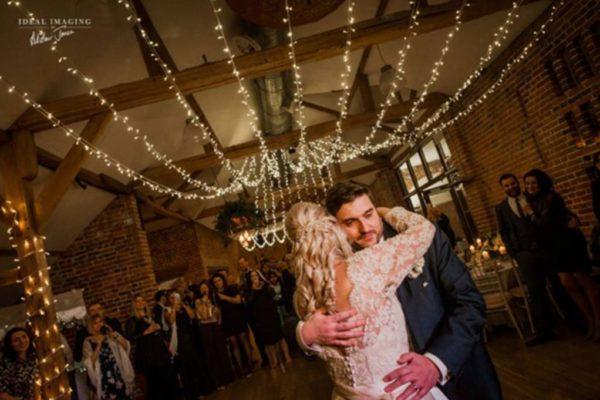 party-lights-wedding-lighting-gallery14