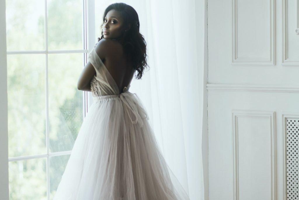 wedding dress min